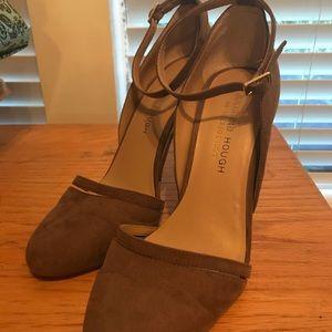 Julianne Hough heels size 7